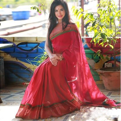 Picture of  Red Cotton Traditional Saree For Women