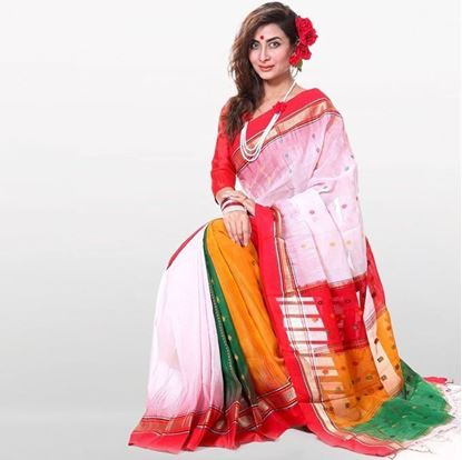 Picture of Red And White Cotton Saree For Women