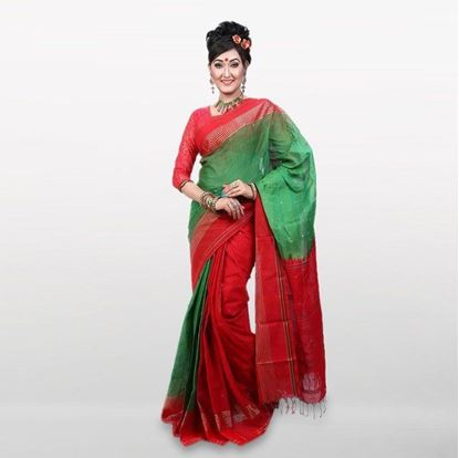 Picture of Green and Red Cotton Casual Saree